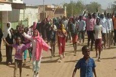 """המחאה בסודאן: """"המהפכה מצליחה. כולם סביב אל-באשיר יודעים שהוא כישלון"""""""
