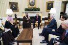 """ביסוד על עסקה עומדת פשרה. ב""""עסקת המאה"""" אין פשרה כזו. הנשיא טראמפ מארח את יורש העצר הסעודי מוחמד בן סלמן בבית הלבן (צילום: שילה קרייגהאד, הבית הלבן)"""