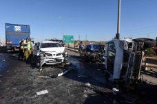 תאונה רבת נפגעים בכביש 40 ב-2014 (צילום: פלאש90)