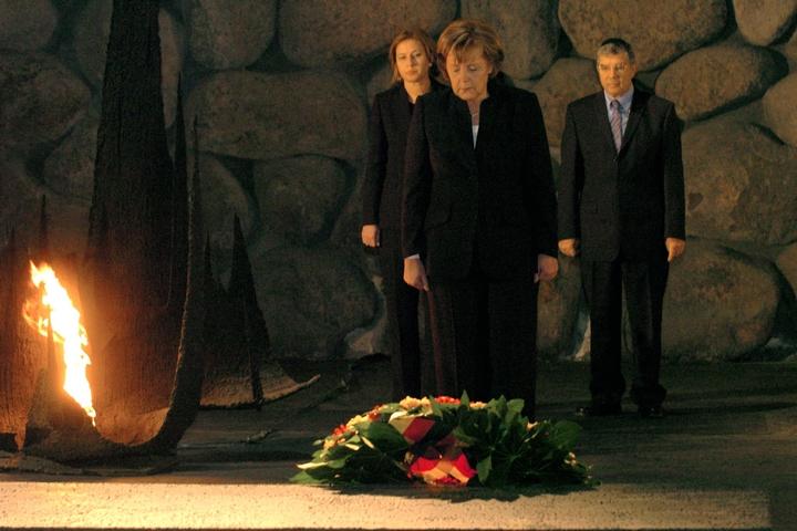 קנצלרית גרמניה אנגליה מרקל ביד ושם, ב-2007 (צילום: יוסי זמיר / פלאש90)