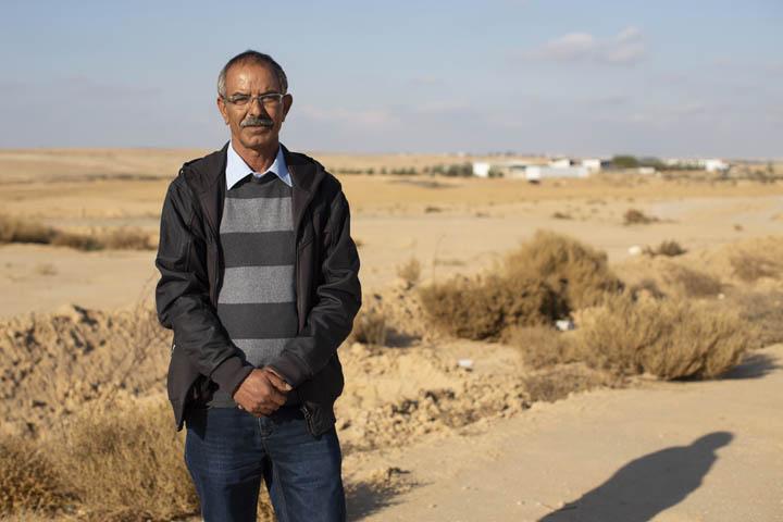חוסיין אל רפיה, ראש ועד הכפר ביר אל חמאם שבנגב (צילום: אורן זיו)
