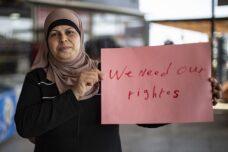בלי פנסיה וחופשה: פועלות פלסטיניות במישור אדומים פתחו בשביתה