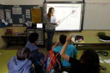 נשירה מוגברת של מורים אינה טעות - זאת המדיניות