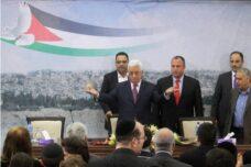 פעילים בפתח: נפגע במי שייפגש עם ישראלים