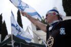 פעילי אם תרצו מפגינים מול עצרת לציון הנכבה באוניברסיטת תל אביב (צילום: תומר נויברג / פלאש90)