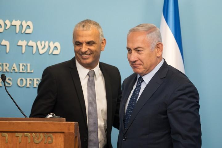 ראש הממשלה, בנימין נתניהו, ושר האוצר, משה כחלון, ב-9 באוקטובר 2018 (צילום: הדס פארוש / פלאש90)