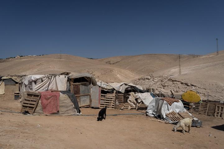 הכפר הבדואי חאן אל אחמר (צילום: יניב נדב / פלאש90)