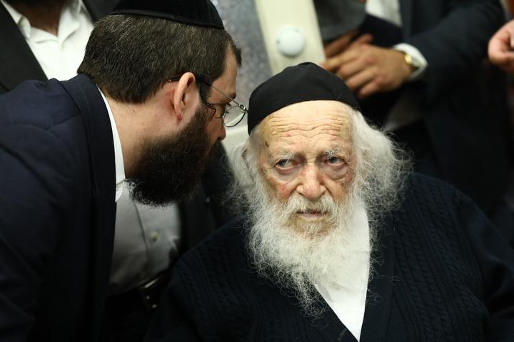 הרב חיים קנייבסקי בביתו בבני ברק, באוקטובר 2019 (צילום: שלומי כהן / פלאש90)