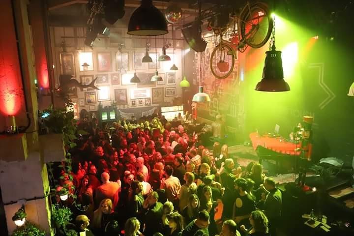 מסיבה של מועדון איאם אלולו לפני ימי הקורונה (צילום: הבה ח'וטבה)