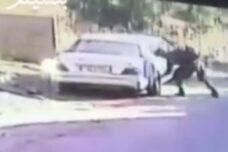 תג מחיר במדים? חייל מפנצ'ר רכב של תושב קדום כפי שתועד במצלמת האבטחה של הכפר (באדיבות ארגון בצלם)