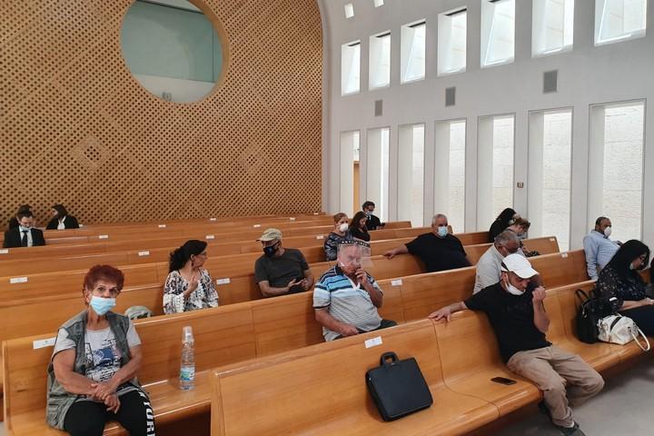 """תושבי אבו כביר בדיון בבג""""ץ בעתירתם, ב-20 במאי 2020 (צילום: אורן זיו)"""