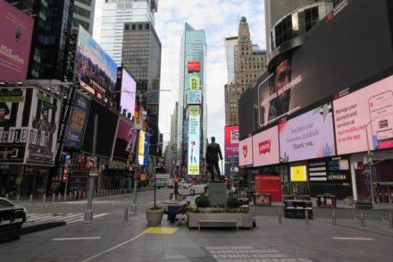 טיימס סקוור בניו יורק, ב-6 באפריל 2020 (צילום: Brecht Bug, CC BY-NC-ND 2.0)