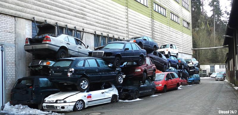 הזיהום אותו יפזר רכב ותיק בכל שארית חייו לא ישתווה לעולם לזיהום שנוצר בעת ייצורו של הרכב החדש (Jonas Flickr CC BY-NC 2.0)