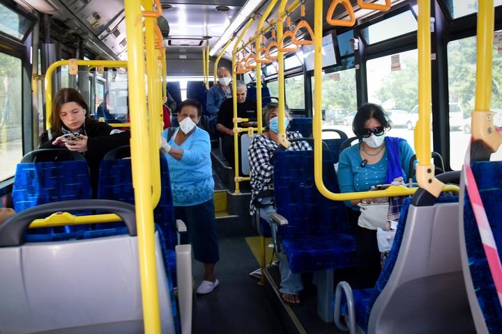 אוטובוס באשקלון, ב-29 במרץ 2020 (צילום: פלאש90)