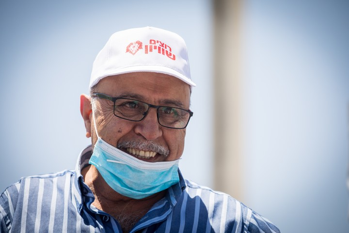 ראש עיריית דלית אל כרמל, רפיק חלבי, במחאת העדה הדרוזית מול ישיבת הממשלה בירושלים, ב-31 במאי 2020 (צילום: יונתן זינדל / פלאש90)