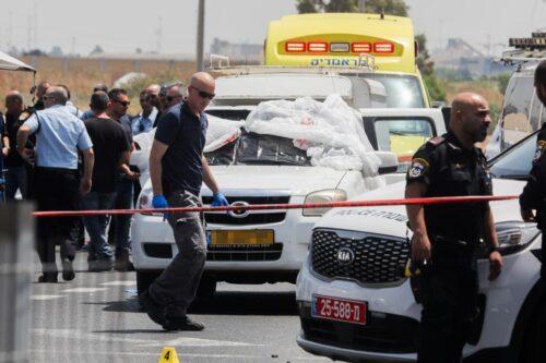 הזירה בלוד שבה נורו שלושה אנשים, ב-6 ביוני 2020 (צילום: פלאש90)