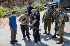 מתנחלים ירו ופצעו שני חקלאים פלסטינים ליד בידיא
