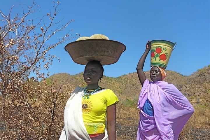 נשים בהרי הנובה בסודאן (צילום: ריטה וילארט CC BY NC 2.0)