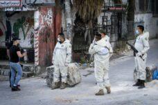 הרשות הפלסטינית איבדה שליטה על הקורונה, ואנשים מגיעים לרעב