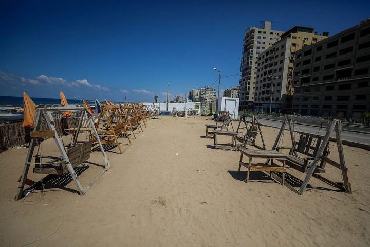 חוף נטוש בעזה, ב-27 באוגוסט 2020 (צילום: מוחמד זאנון / אקטיבסטילס)