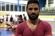 """המתאבק האיראני בטרם הוצא להורג: """"אדם חף מפשע מתקרב לגרדום"""""""