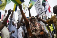 נתניהו לא מסתיר: ההסכם עם סודאן נועד לגרש את מבקשי המקלט