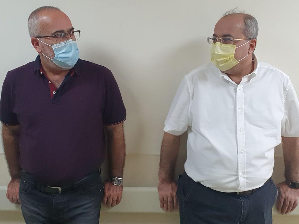 חברי הכנסת אחמד טיבי ואוסמה סעדי בבית החולים קפלן (צילום: שיחה מקומית)