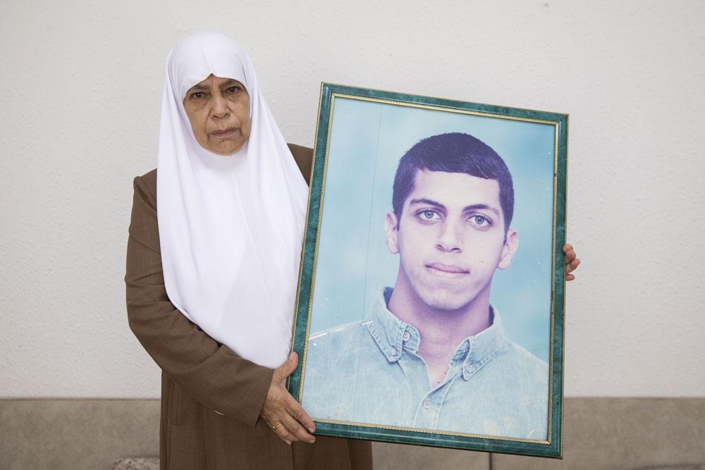 אום אחמד, רימו של אחמד סיאם ג׳אברין בביתה בכפר מועאוויה שליד אום אל פחם (צילום: אורן זיו)