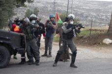 השמועה על חופש המחאה בבלפור לא הגיעה לחיילים בגדה