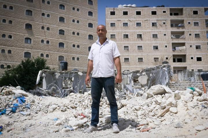 """""""המשפחה שלי לא התאוששה נפשית, וגם אני לא"""". איהאב חסן עלי, מחנה הפליטים שועפאט (רחל שור)"""