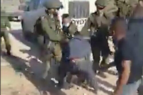 הארון נאחז בגנרטור, חייל ירה לו כדור בצוואר