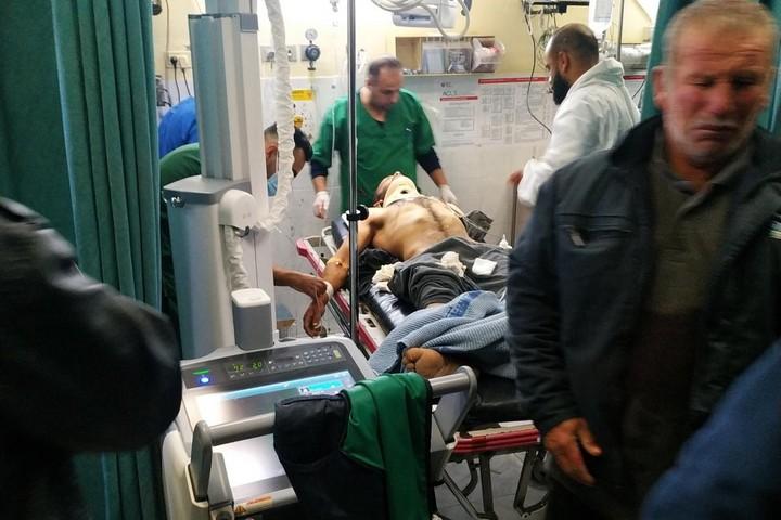 הארון אל עראם בבית החולים בחברון. ממשרד הבריאות הפלסטיני נמסר שאם ישרוד, יישאר משותק (צילום: alliance for human rights)
