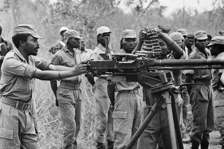 המתיישבים סופגים אבידות אבל ממשיכים. המחתרת באנגולה (צילום: ויקימדיה)