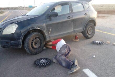 הרכב של אריק אשרמן, לאחר שאלמונים חיבלו בו (צילום: אריק אשרמן)