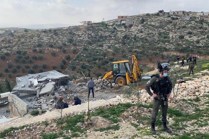 מבצע הרס בח'לת אל-דבע, ב-2 במרץ 2021 (צילום: באסל אל-עדרה)