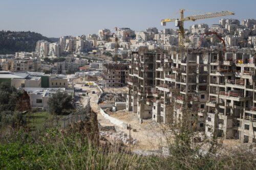 """דו""""ח: כך מעודדת ישראל מעבר להתנחלויות ומשנה את המפה"""