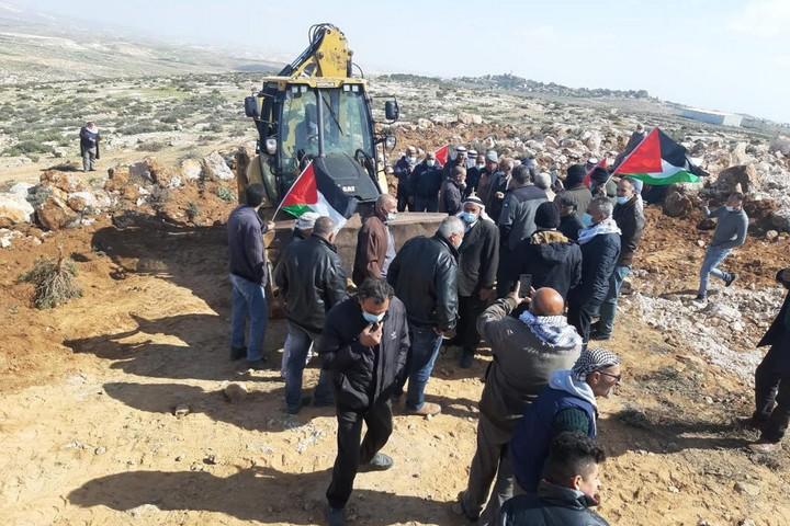 הבאגר באזור ח'לה אל-שוואהין, ב-8 במרץ 2021 (צילום: באסל אל-עדרה)
