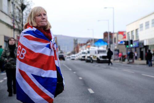 הפרוטסטנטים מאבדים שליטה, וצפון אירלנד שוב בוערת