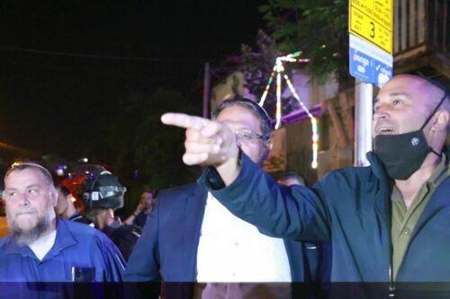 צפו: סגן ראש עיריית י-ם מייחל לתושב פלסטיני כדור בראש