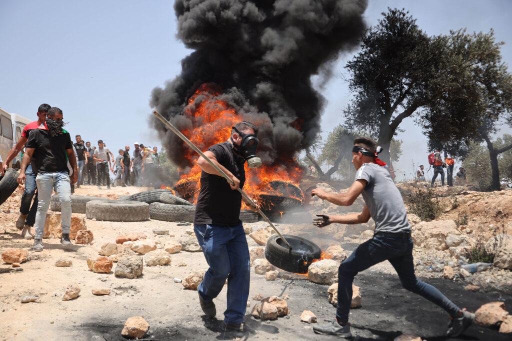 הפגנה בביתא מול המאחז ״אביתר״, יום שישי, 11 ביוני 2021 (צילום: אורן זיו)