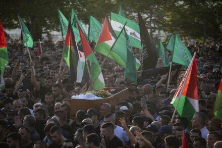 הלווייתו של מוחמד כיואן באום אל פחם, ב-20 במאי 2021 (צילום: אורן זיו)