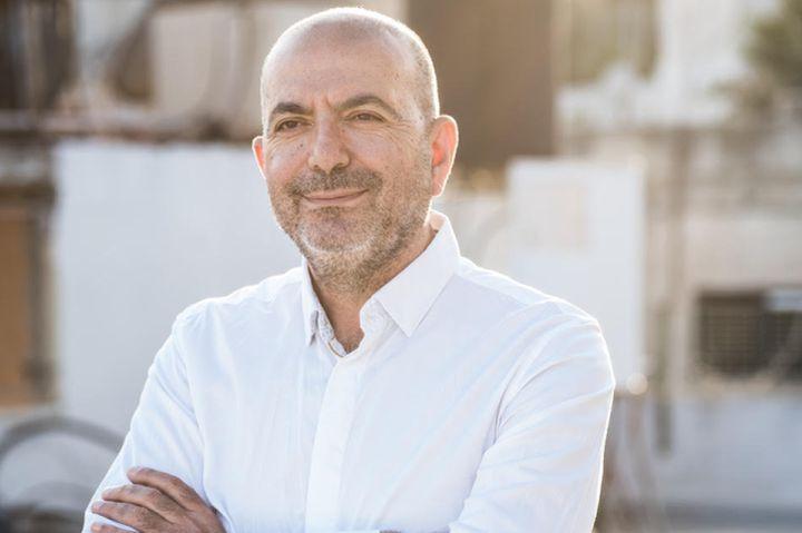 """""""אם סרט יביא כסף, יש סיכוי שיממנו אותו, גם אם הוא משחיר את ישראל"""". הבמאי האני אבו אסעד (צילום: יאני)"""