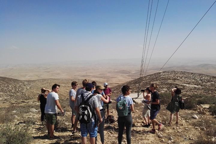 סיור בדרום הר חברון (צילום: באדיבות שוברים שתיקה)