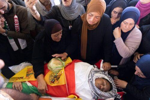 בדרך מהחנות, עם שקית פיתות ביד, החיילים ירו במוחמד בן ה-12