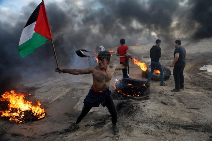 עזתי בהפגנות ליד הגדר ב-26 באוקטובר 2018 (צילום: מוחמד זאנון)