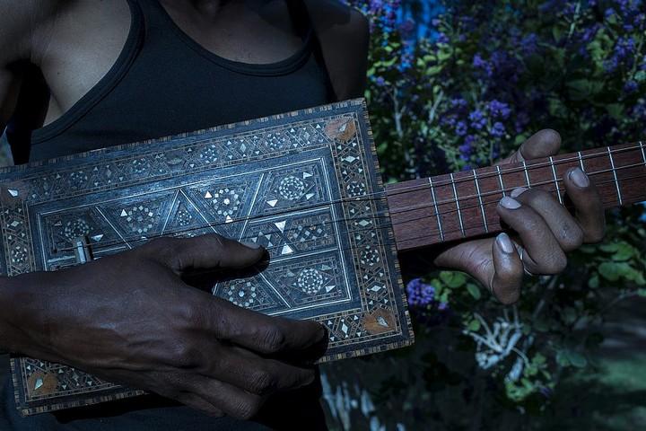 """מתוך הסדרה """"האסלאם ניגן בלוז"""" של טופיק ביהאם (www.tbeyhumphotos.com)"""