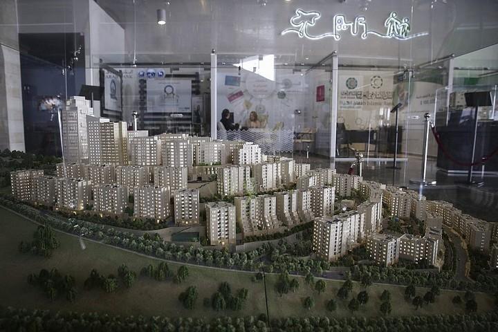 דגם של העיר הפלסטינית רוואבי מוצג במרכז אתר הפרויקט, ב-23 בפברואר 2014 (צילום: הדס פרוש / פלאש90)