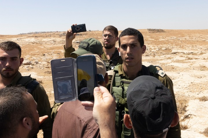 הקצין שהעליל על אל-עדרה הוא זה שקידומו הוקפא בשל אלימות