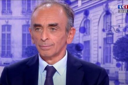 אריק זמור בראיון לרשת הצרפתית LCI (צילום מסך מתוך הראיון)